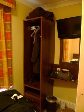 Victoria Inn: chambre