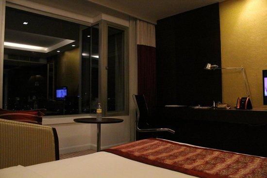 Eastin Hotel Makkasan: My $70 room. really?