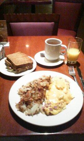 El Cortez Hotel & Casino : el cortez café breakfast