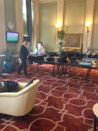 Mandarin Oriental, Kuala Lumpur: Club Lounge Buffet Counter,  Complimentary Drinks Cabinet & Coffee Machine