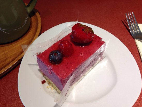 Patisserie Valerie: Berry mousse