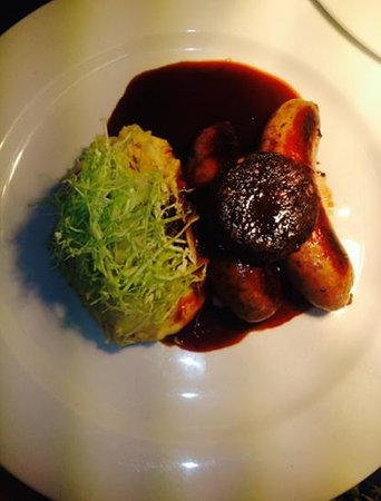 The Little White Rabbit: Bangers and mash with black oudding
