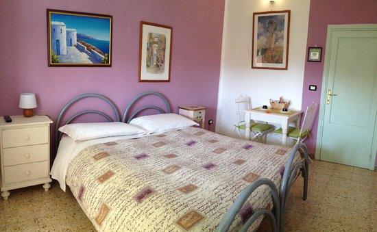 Bed & Breakfast Antonella : Camera lavanda