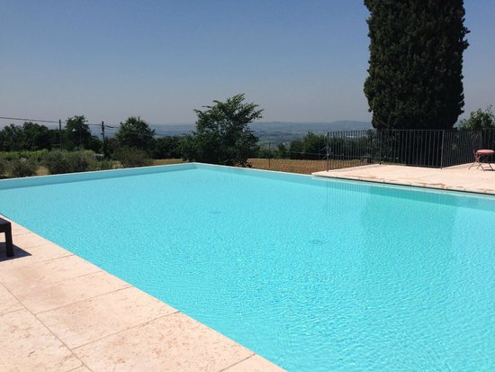 Agriturismo Le Croibe: View from the pool