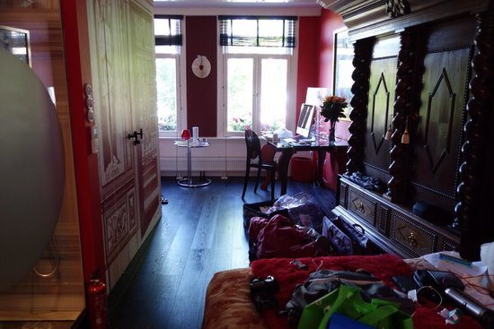 Boutique B&B Kamer01: Large lovely room,this is the red room.