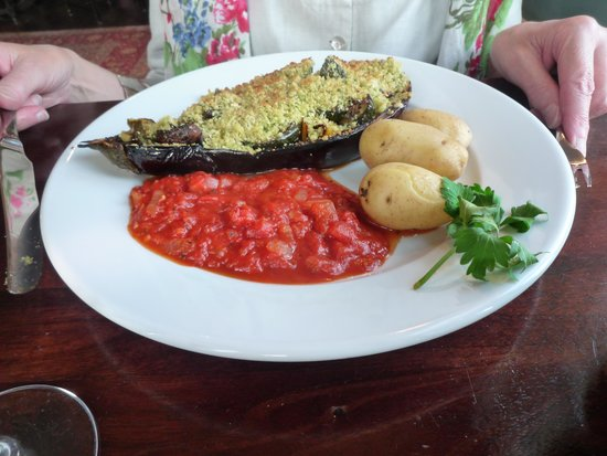 The Pembroke Arms Hotel: Stuffed aubergine.
