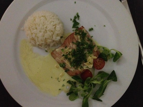 Le Pavillon by the Sea : My delicious mahi mahi