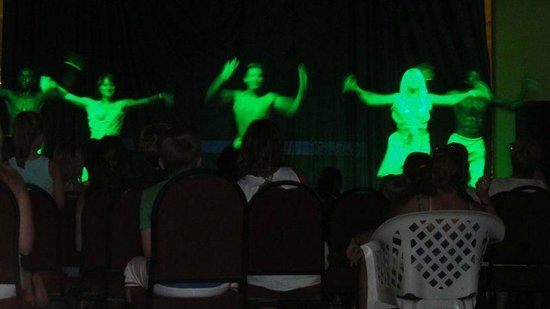 Ali Baba Palace: Dance show