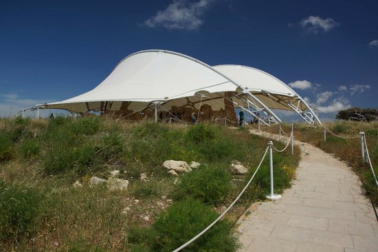 Ħaġar Qim 4