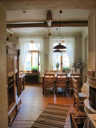 1221: Gastraum im 1. Obergeschoss