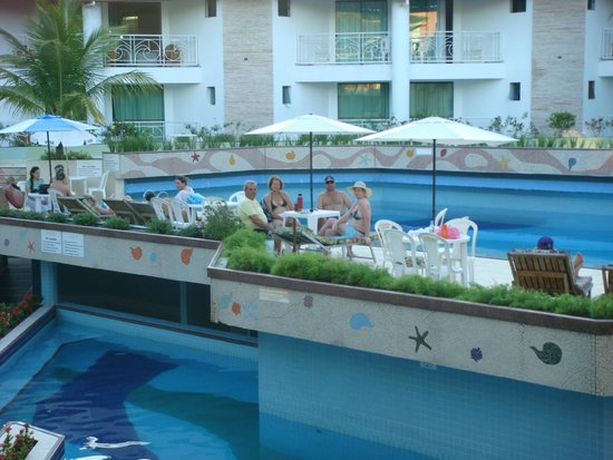 Portal Beach Hotel : áreas das piscinas