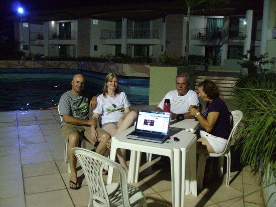 Portal do Mundaí Praia Hotel: momentos no final de tarde usando conexão wirelles