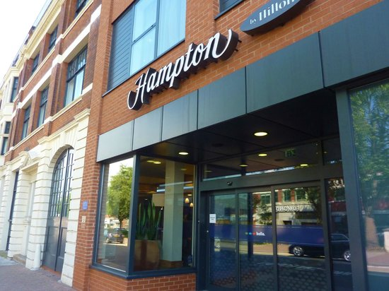 Hampton by Hilton Birmingham City North: superb new budget hotel - breakfast included!