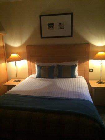 De Vere Devonport House : Spacious comfortable room