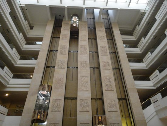 Sheraton Guilin Hotel : Imponente e lindo visual do Hall do Hotel