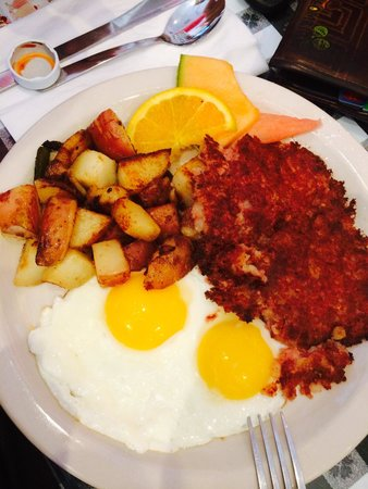 Joe's Diner: Corn beef hash, two eggs, potato!!