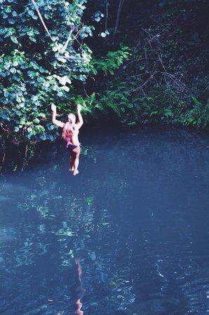 Outfitters Kauai: Jumpin
