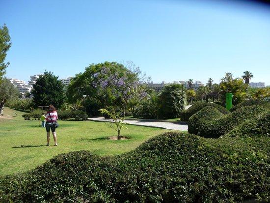 Et jardin d 39 enfants picture of parque de la paloma for Parc et jardin