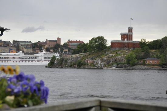 Aquaria Water Museum: Vista de Estocolmo y sus canales, desde la terraza trasera del acuario