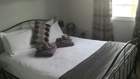 Hamilton's - B&B: Bedroom