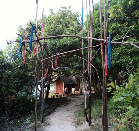 Nomads Land: Arch of the Toucan