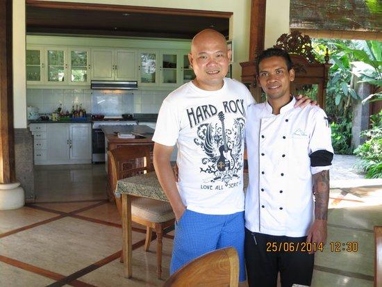 Amori Villas: Chef & kitchen behind
