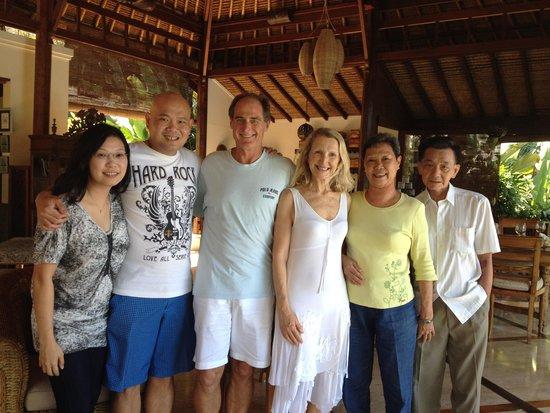 Amori Villas: Family shot with Rick & Peta