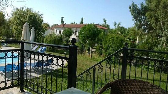 Kaloni Village Holiday Houses: Another balcony view