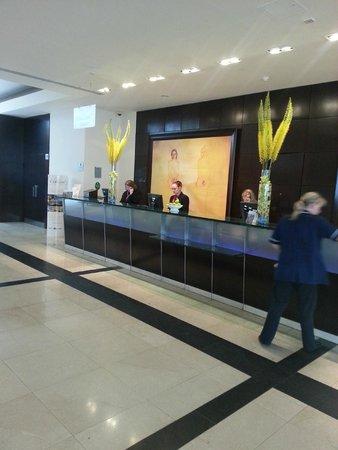 Park Plaza Victoria London : Lobby