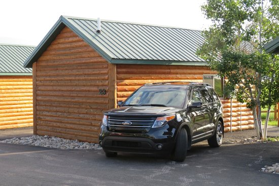 Frontier Cabins Motel: Cabin