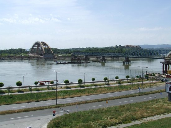 вид из окна Picture Of Hotel Aurora Novi Sad Tripadvisor