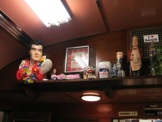 4 Aces Diner : Decoration in the Worcester Dining Car