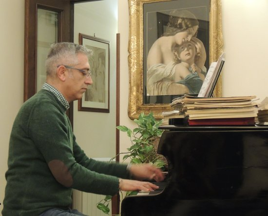 Francesco at piano - Picture of B&B Terrazze di Montelusa, Agrigento ...