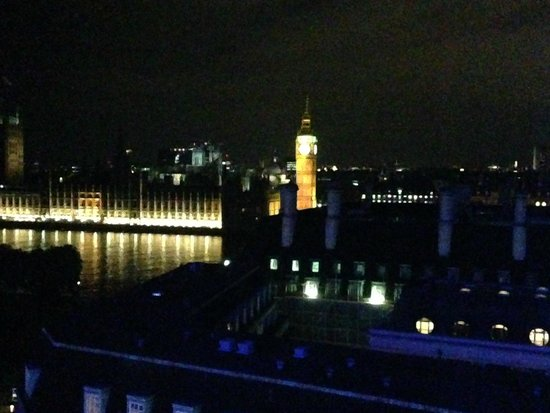 Park Plaza Westminster Bridge London : view from room
