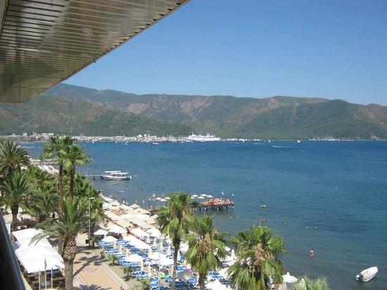 Malibu Beach Hotel: view from balcony