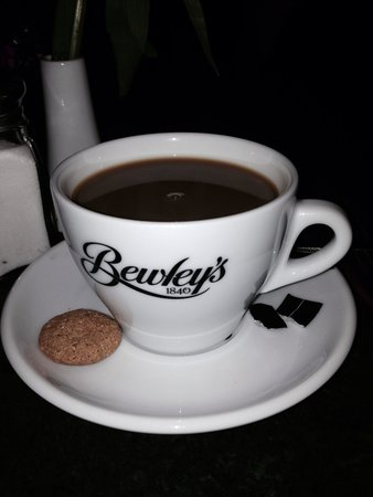 Bewley's Cafe: Great coffee