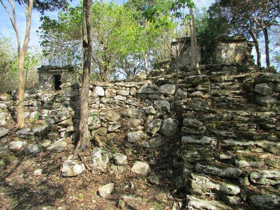 Sandos Caracol Eco Resort : Ruins