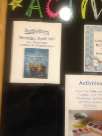 DoubleTree Resort by Hilton Hotel Lancaster : Activities board with announcement of a Frozen screening