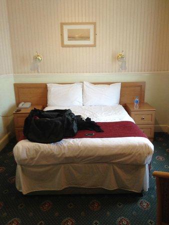 Grange Moor Hotel : Basic double