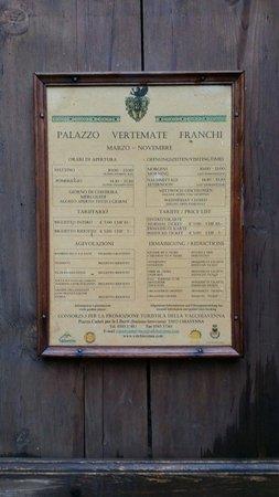 Palazzo Vertemate Franchi: Entrata