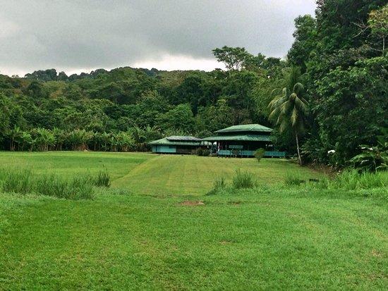 Surcos Tours: La Sirena Ranger station