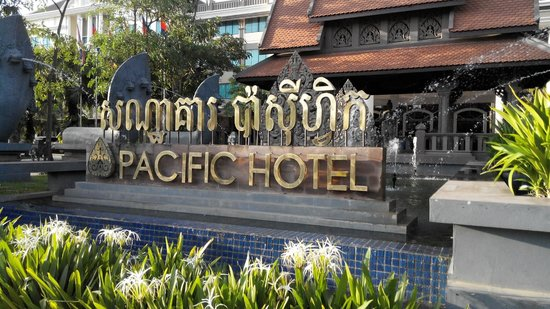 Pacific Hotel & Spa: hotel front