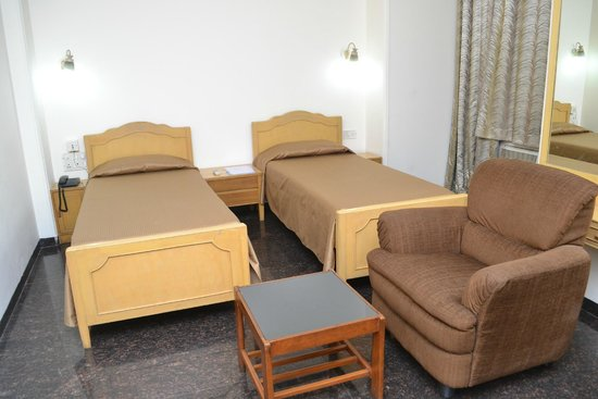 The Cottage Hotel: Deluxe Large Room