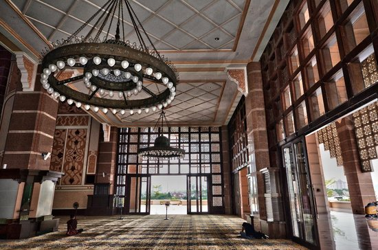 Mosquée de Putrajaya : interieur salle de priere