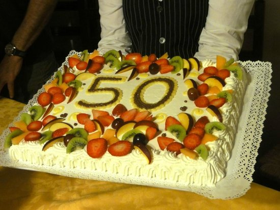 Agriturismo La Casella : La torta preparata per l'occasione