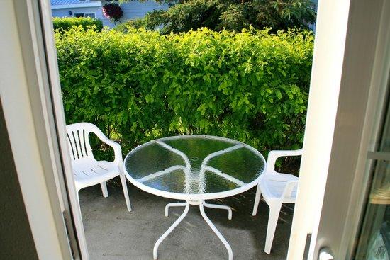 River's Edge Resort: Nice patio