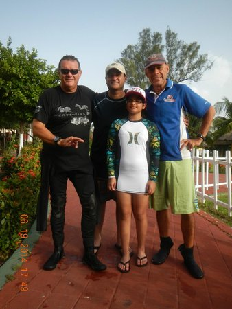 Nautilus Diving & Training Center : Alfredo, Clemente, Me and My daugher