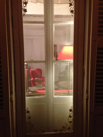 La Maison du Tamisier : Night cap in the garden
