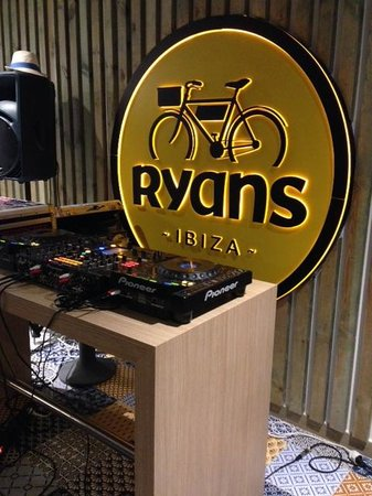 Ryans Ibiza Apartments: La diversión está asegurada
