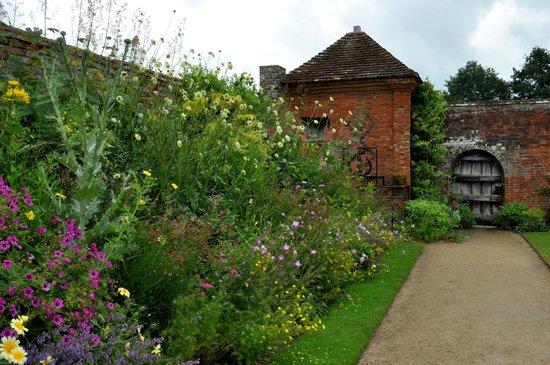 Packwood House: Garden